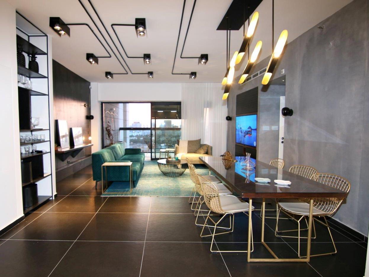 מדהים דירה מפוארת במגדל בר״ג UY-68